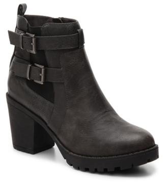 Zigi Soho Kastle Chelsea Boot $90 thestylecure.com