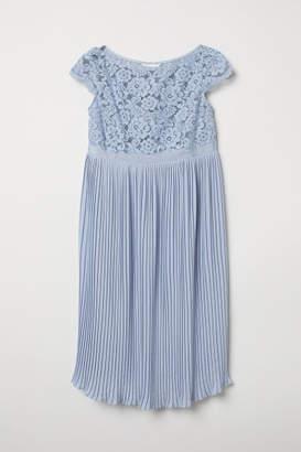 H&M MAMA Pleated Dress - Blue