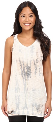 Hard Tail - Back Twist Tank Top Women's Sleeveless $72 thestylecure.com