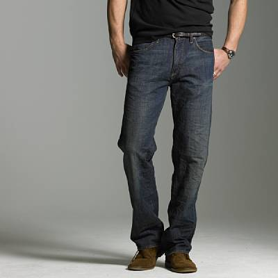 Straight-fit jean in dark worn wash