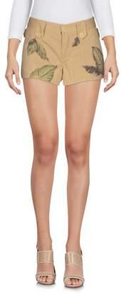 Weber Shorts