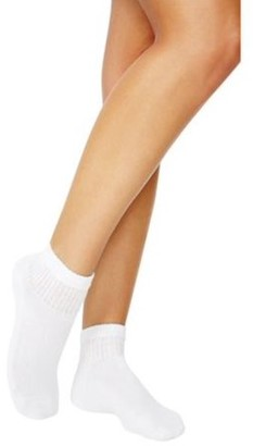 Hanes Women's Everyday Cushioned Ankle Socks 10-Pack