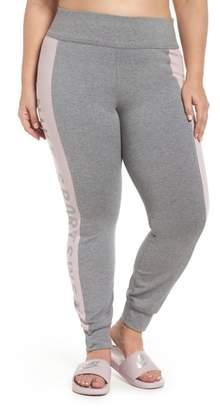 Nike Sportswear Essential Logo Leggings