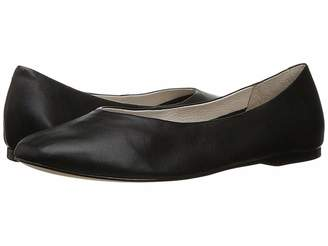 LFL by Lust For Life Sloop Women's Slip-on Dress Shoes