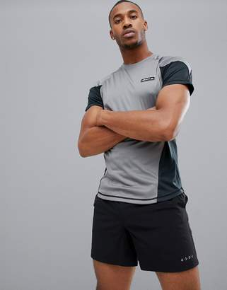 Ellesse Sports Eezio t-shirt with contrast panels in gray