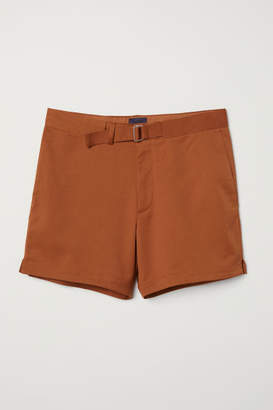 H&M Shorts with Fabric Belt - Yellow