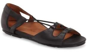 L'Amour des Pieds 'Darron' Sandal