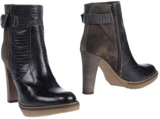 Konstantin Starke Ankle boots - Item 11412054RB