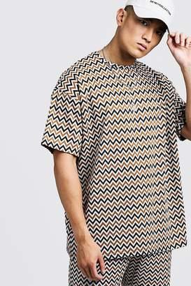 boohoo Aztec Oversized Jacquard T-Shirt