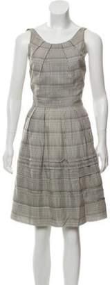 Lela Rose Sleeveless Knee-Length Overall Dress Grey Sleeveless Knee-Length Overall Dress