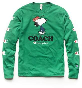 Todd Snyder Peanuts x Champion by Champion X Peanuts Long Sleeve Snoopy Coach Graphic T-Shirt in Green