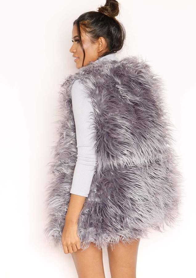 Missyempire Natalia Grey Faux Fur Gilet