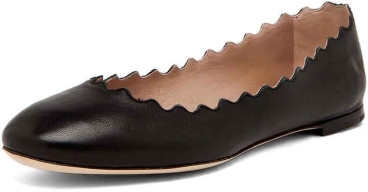 Chloe Scalloped Flats in Black