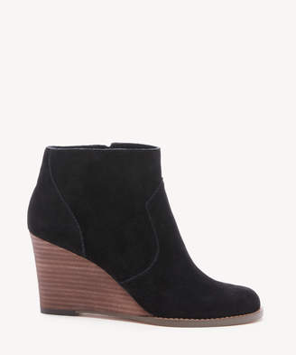 Sole Society Women's Patsy Wedges Bootie Black Size 5 Suede From