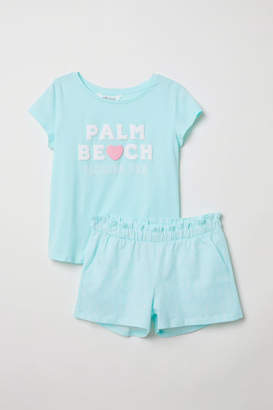 H&M T-shirt and Shorts - Turquoise
