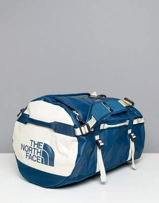 The North Face Base Camp Duffel Bag Small 50 Litres in Blue/White
