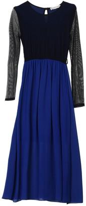 La Femme BOUTIQUE de 3/4 length dresses