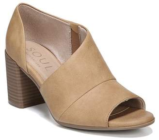 63c11d5a71d Naturalizer SOUL Chloe Cut Out Block Heel - Wide Width Available