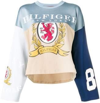 Tommy Hilfiger panelled logo T-shirt