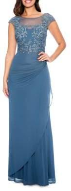 Decode 1.8 Floral Lace Applique Ruched Gown