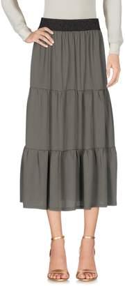No-Nà 3/4 length skirts