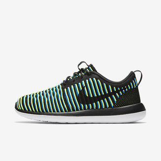 Nike Roshe Two Flyknit Women's Shoe $130 thestylecure.com