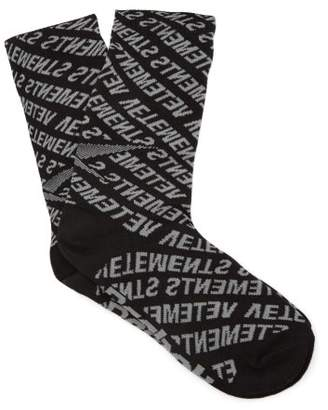 Vetements Logo Intarsia Socks - Womens - Black