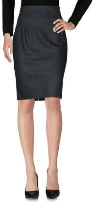 Michelle Windheuser Knee length skirt