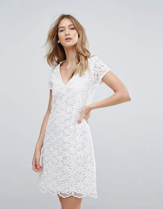 Traffic People V Neck Lace Shift Dress