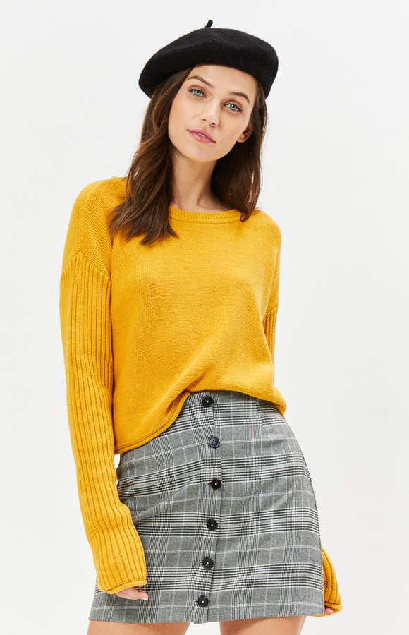 La Hearts Boxy Ribbed Sleeve Sweater