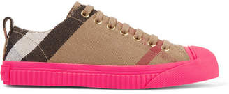 Burberry Checked Canvas Sneakers - Light brown