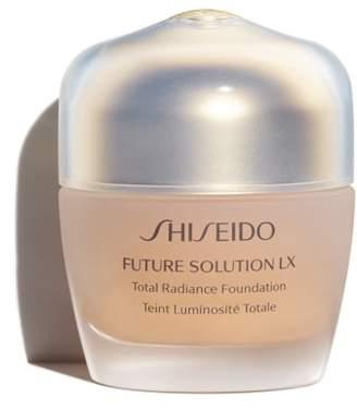 Shiseido Future Solution LX Total Radiance Foundation Broad Spectrum SPF 20 Sunscreen