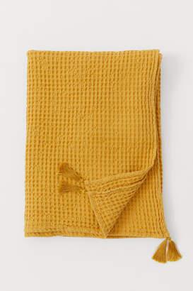 H&M Waffled cotton blanket