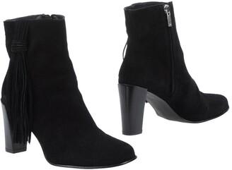 Karen Millen Ankle boots