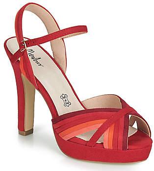 Menbur VALLIERA women's Sandals in Red
