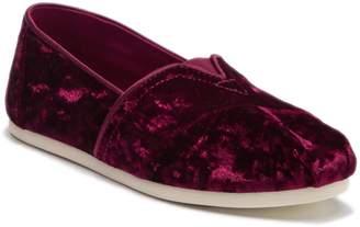 Toms Crushed Black Cherry Velvet Slip-On Sneaker