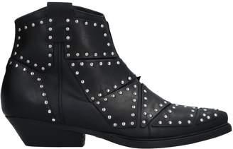 Vic Matié Ankle boots