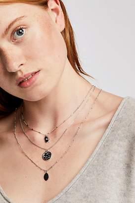 Delicate Set Of Three Necklaces
