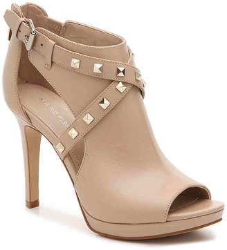 Marc Fisher Mahiya Platform Sandal - Women's