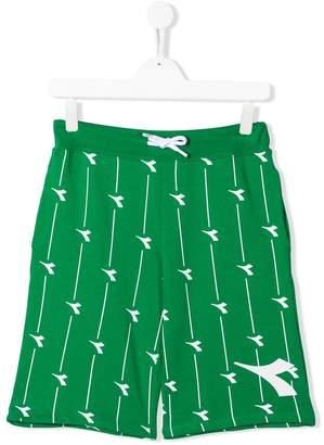 Diadora Junior logo shorts