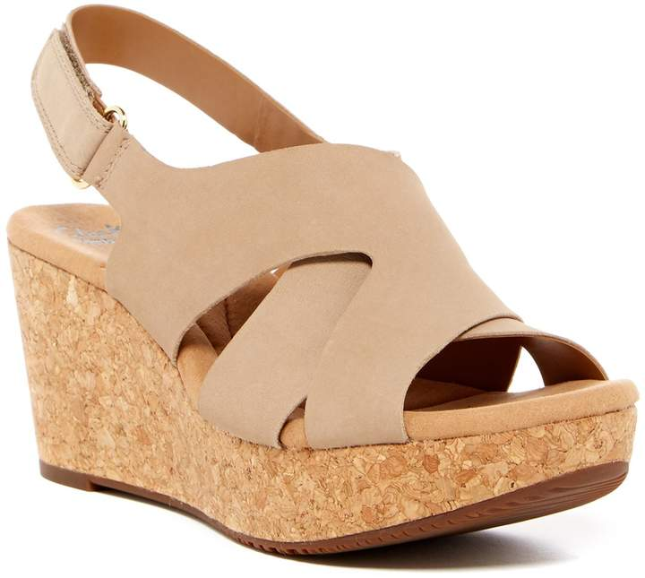 ClarksClarks Annadel Fareda Platform Sandal - Wide Width Available
