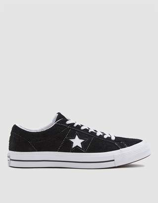 Converse One Star Sneaker in Black