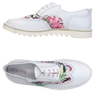 Eureka Lace-up shoe