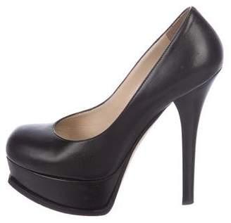 Fendi Leather Round-Toe Pumps