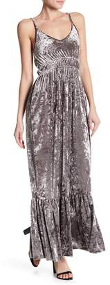 Romeo & Juliet Couture ROMEO &JULIET COUTURE Plunge Velvet Ruched Dress