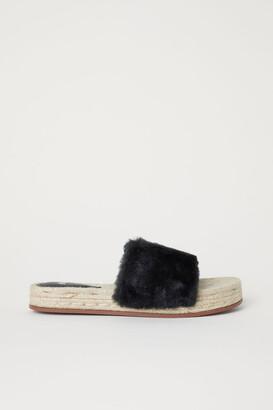 H&M Faux Fur Slides - Black