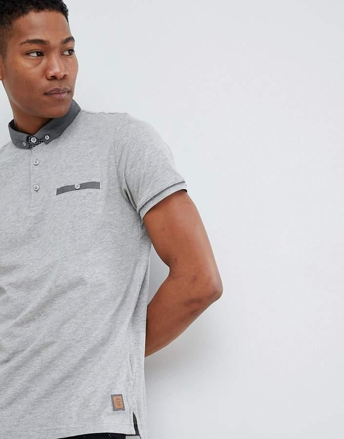 – Polohemd mit Tasche und Kragen in Kontrastfarbe