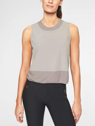 Athleta Zephyr Shell