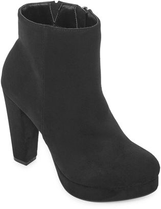 Bamboo Swirl Womens Bootie $60 thestylecure.com