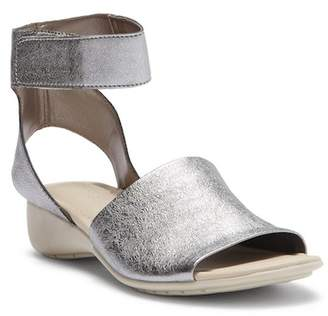 The Flexx Beglad Leather Ankle Strap Sandal